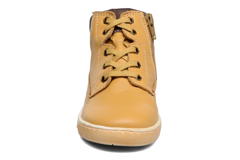 Bottines et boots Chicco Clover Jaune vue portées chaussures