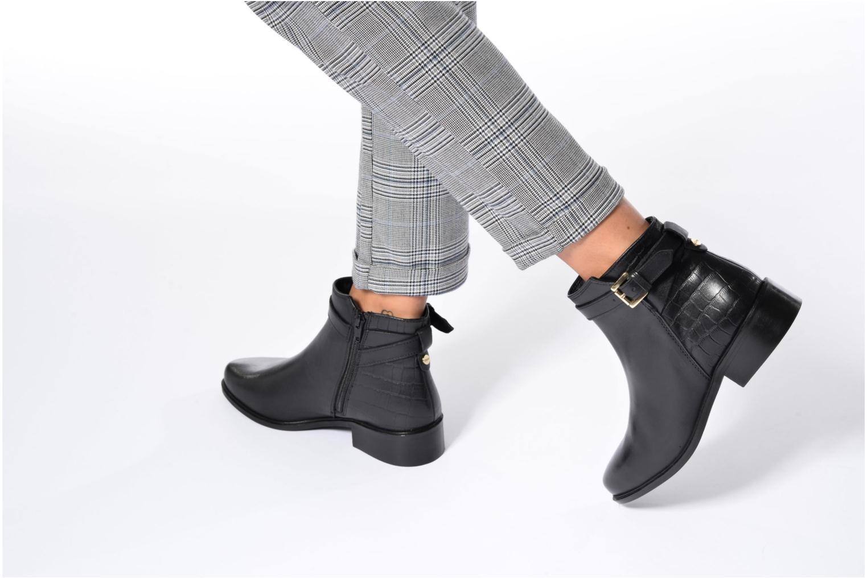 Poppy Black leather