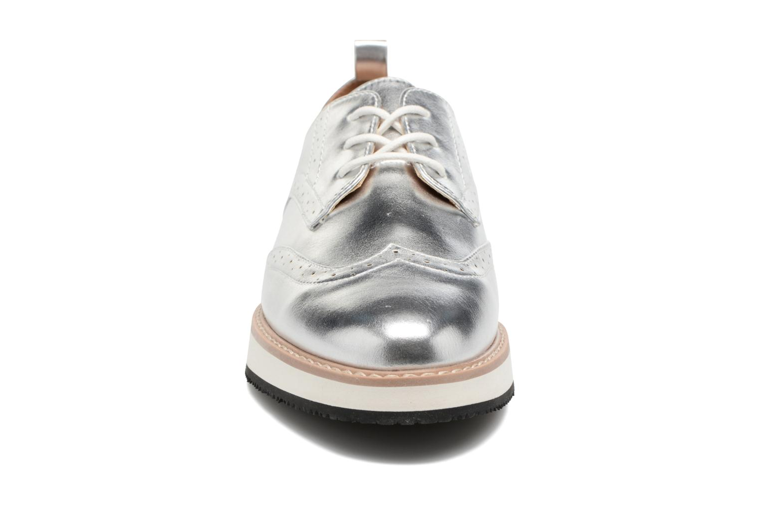 Chaussures à lacets ONLY Tyra pu lace up Argent vue portées chaussures