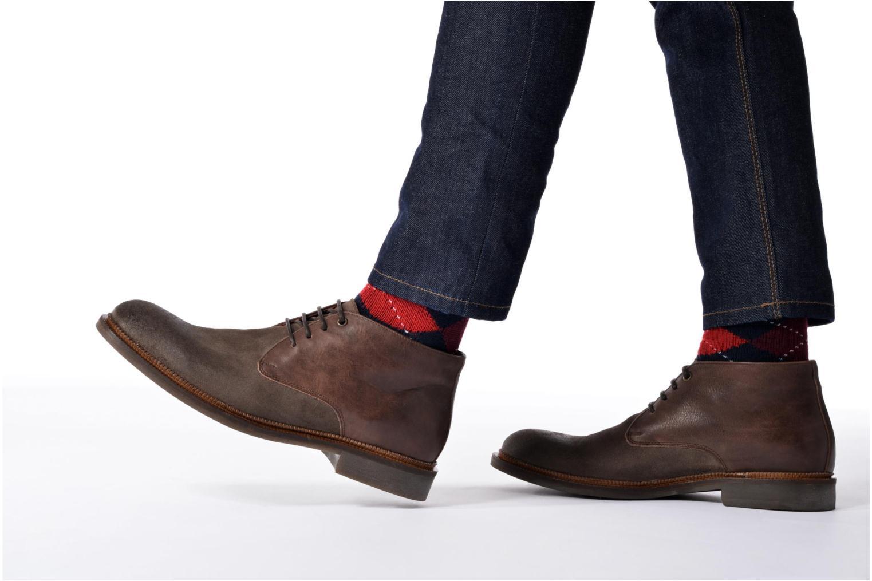 Chaussures à lacets Marvin&Co Tellington Marron vue bas / vue portée sac