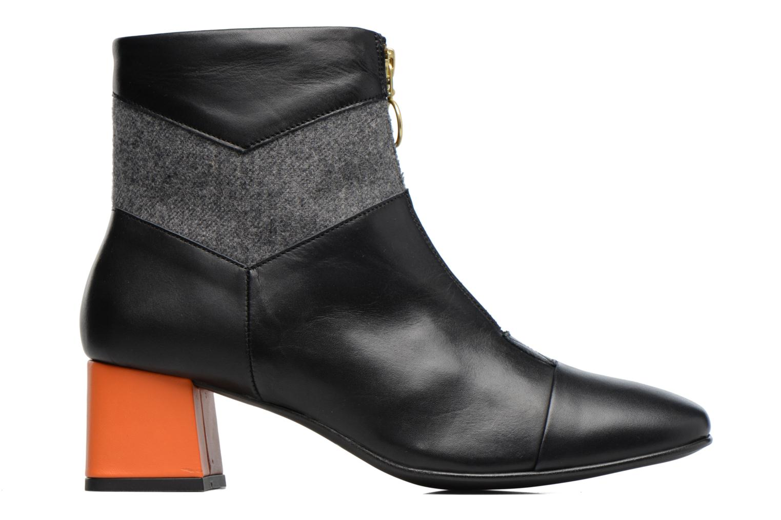 Ankle boots Made by SARENZA Winter Ski #5 Black detailed view/ Pair view