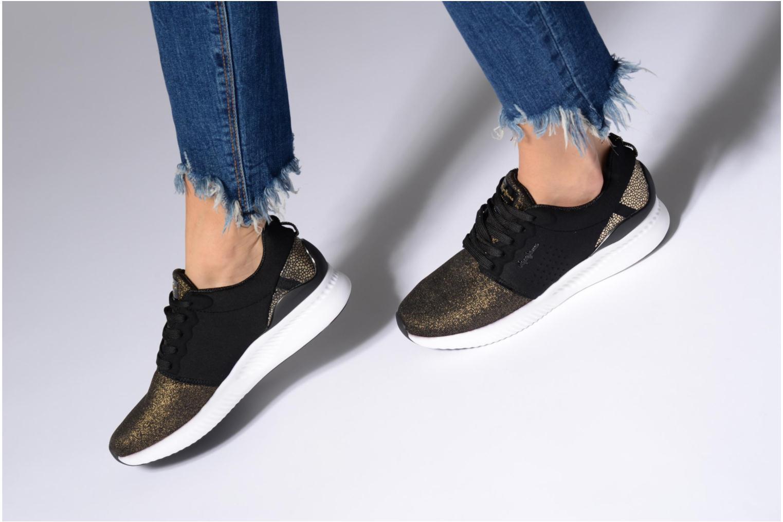 Baskets Pepe jeans SUTTON LACES Noir vue bas / vue portée sac