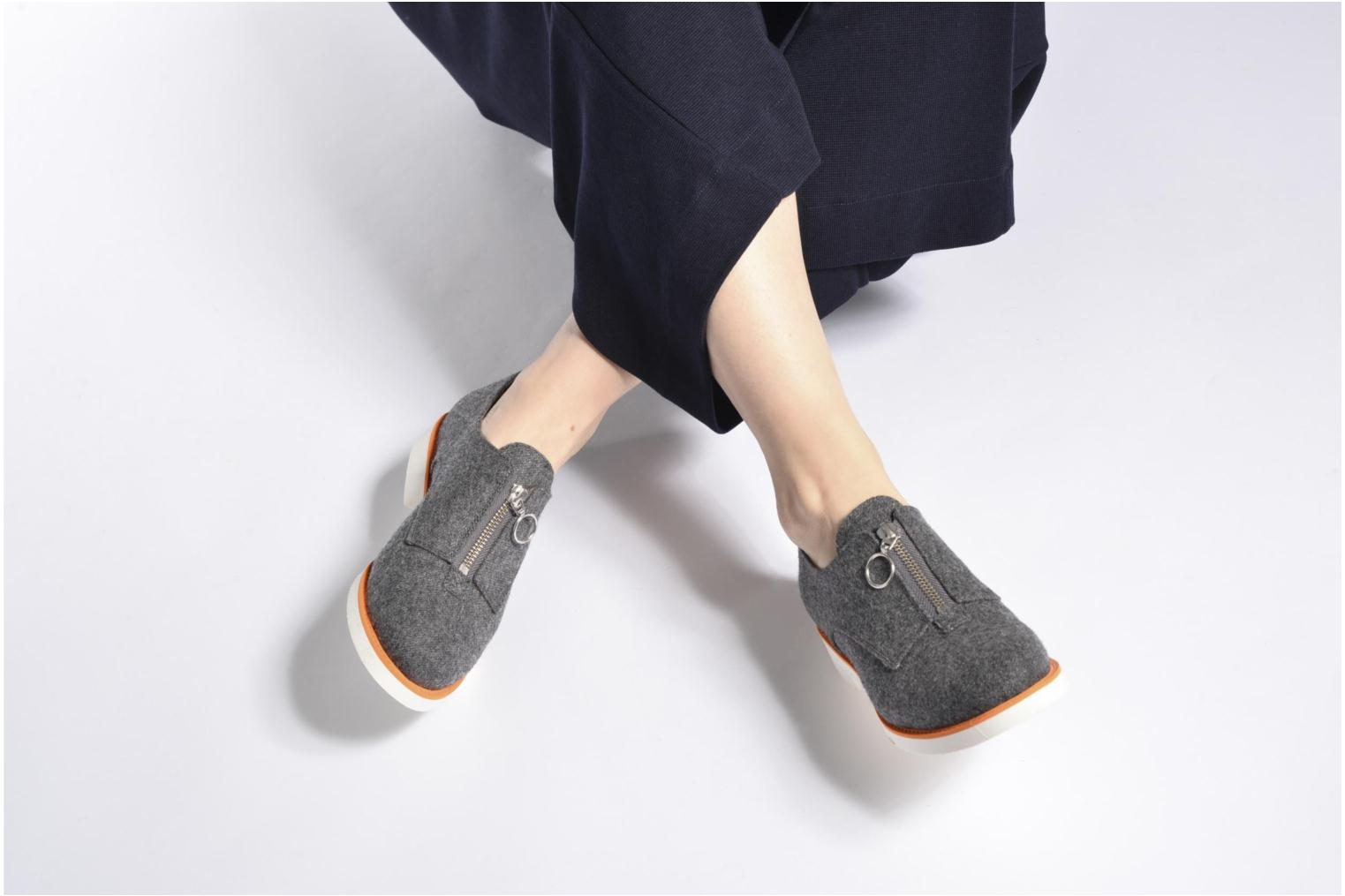 Loafers Made by SARENZA Busy Girl Chaussures à Lacets #1 Black view from underneath / model view