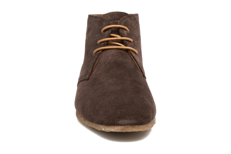 Chaussures à lacets Schmoove Creps Desert Cowsuede Marron vue portées chaussures