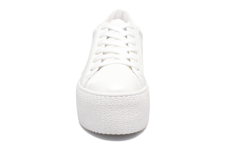 Baskets No Name Wild sneaker patent Blanc vue portées chaussures