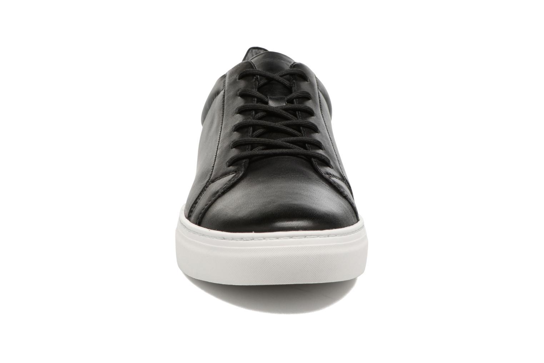 Baskets Vagabond Paul 4383 -101 Noir vue portées chaussures