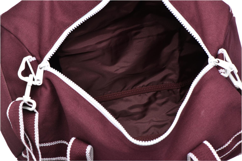 Sporttassen Fred Perry Sport Canvas Barrel Bag Rood achterkant