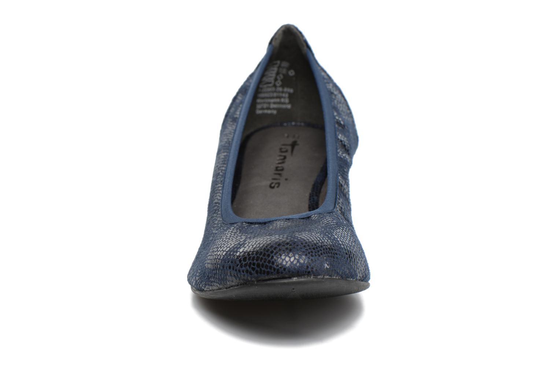 Ballerines Tamaris Isila Bleu vue portées chaussures