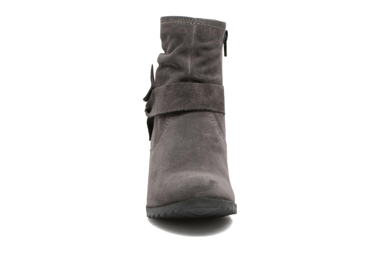 Bottines et boots Tamaris Ashana Gris vue portées chaussures