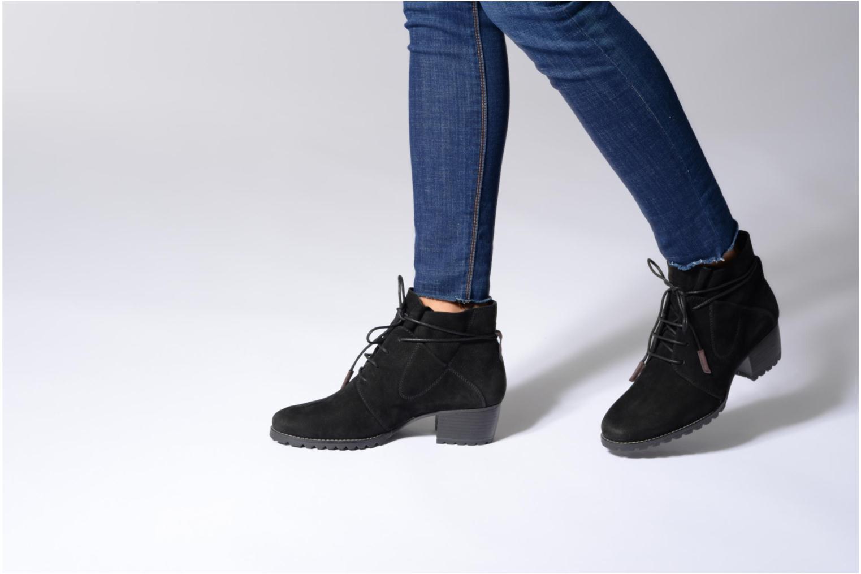 Bottines et boots Tamaris Elwinga Noir vue bas / vue portée sac