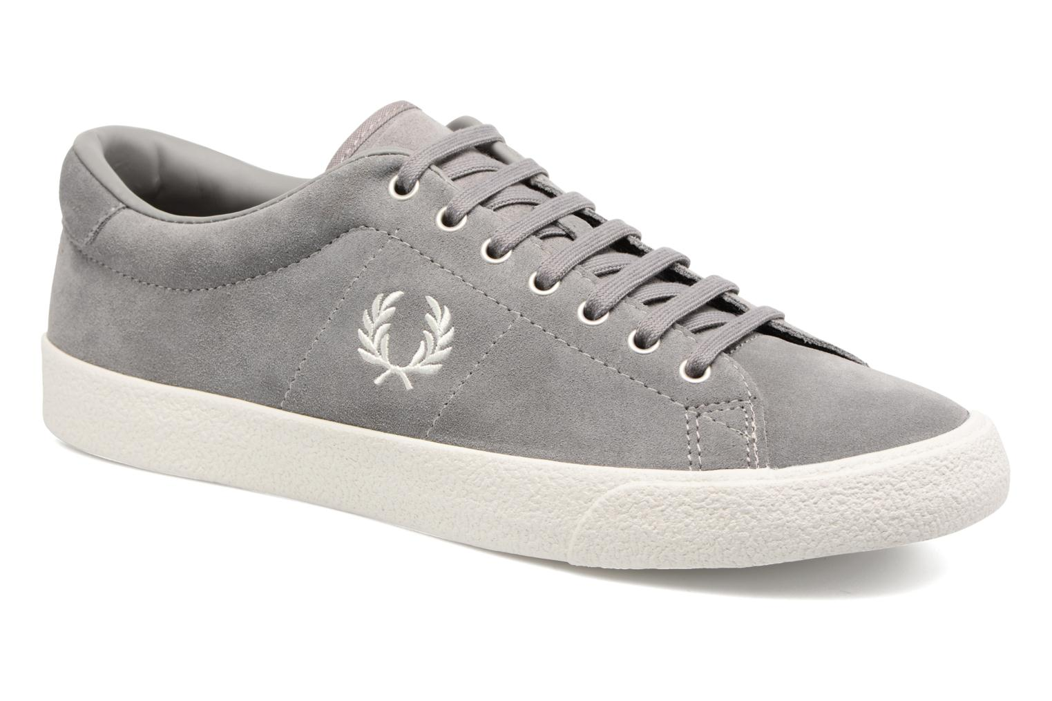 Baskets Fred Perry UNDERSPIN SUEDE Gris vue détail/paire