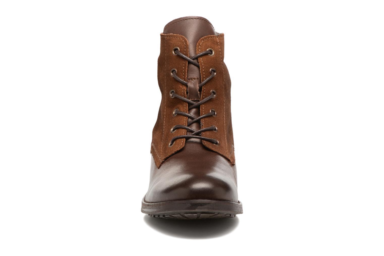 Bottines et boots Pieces Andara Marron vue portées chaussures
