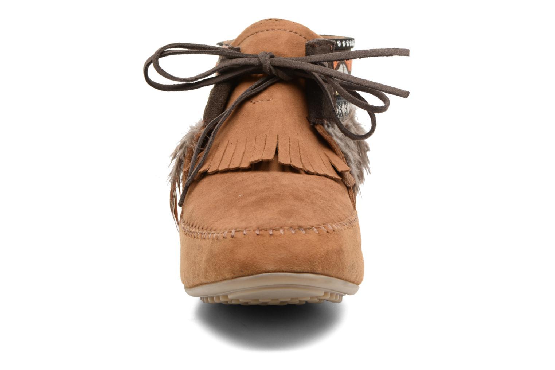Bottines et boots Les Tropéziennes par M Belarbi Tomawok Marron vue portées chaussures