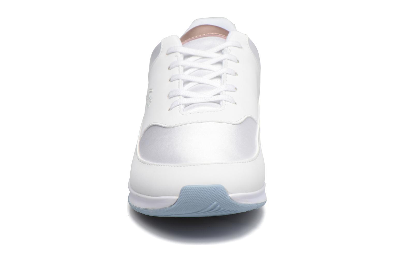 Baskets Lacoste Chaumont Lace 317 1 Blanc vue portées chaussures