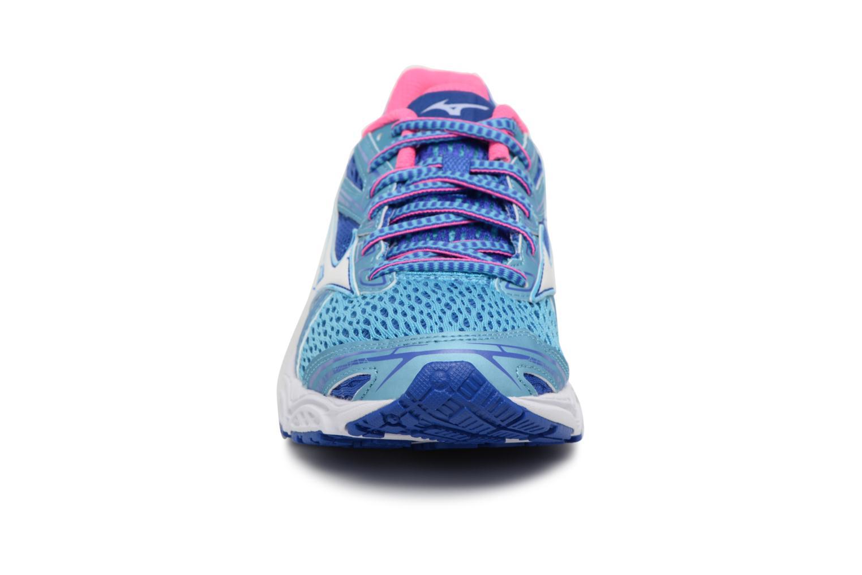 Chaussures de sport Mizuno WAVE PRODIGY (W) Bleu vue portées chaussures