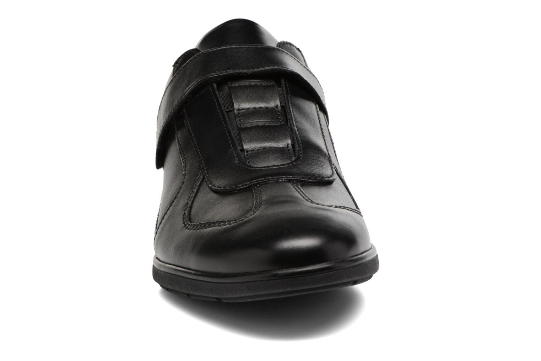 Baskets Mephisto Luca Noir vue portées chaussures