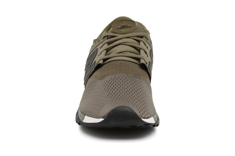 Baskets New Balance MRL247 Vert vue portées chaussures