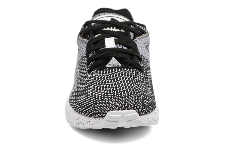 Baskets Puma Trinomic R698 Knit Speckle W Blanc vue portées chaussures