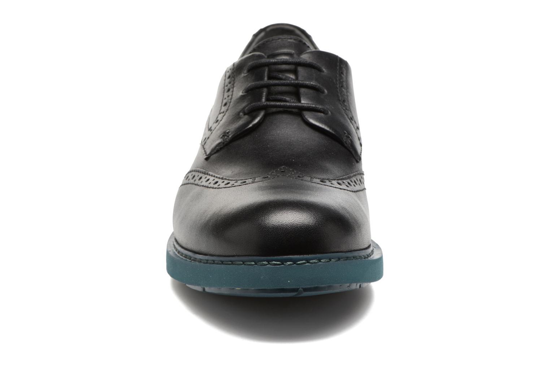 Chaussures à lacets Camper Neuman K200513 Noir vue portées chaussures
