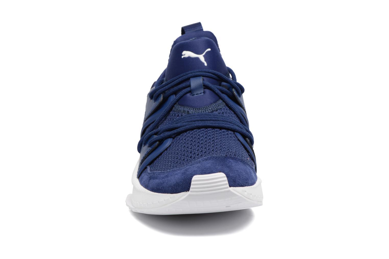 Baskets Puma Tsugi Blaze Bleu vue portées chaussures
