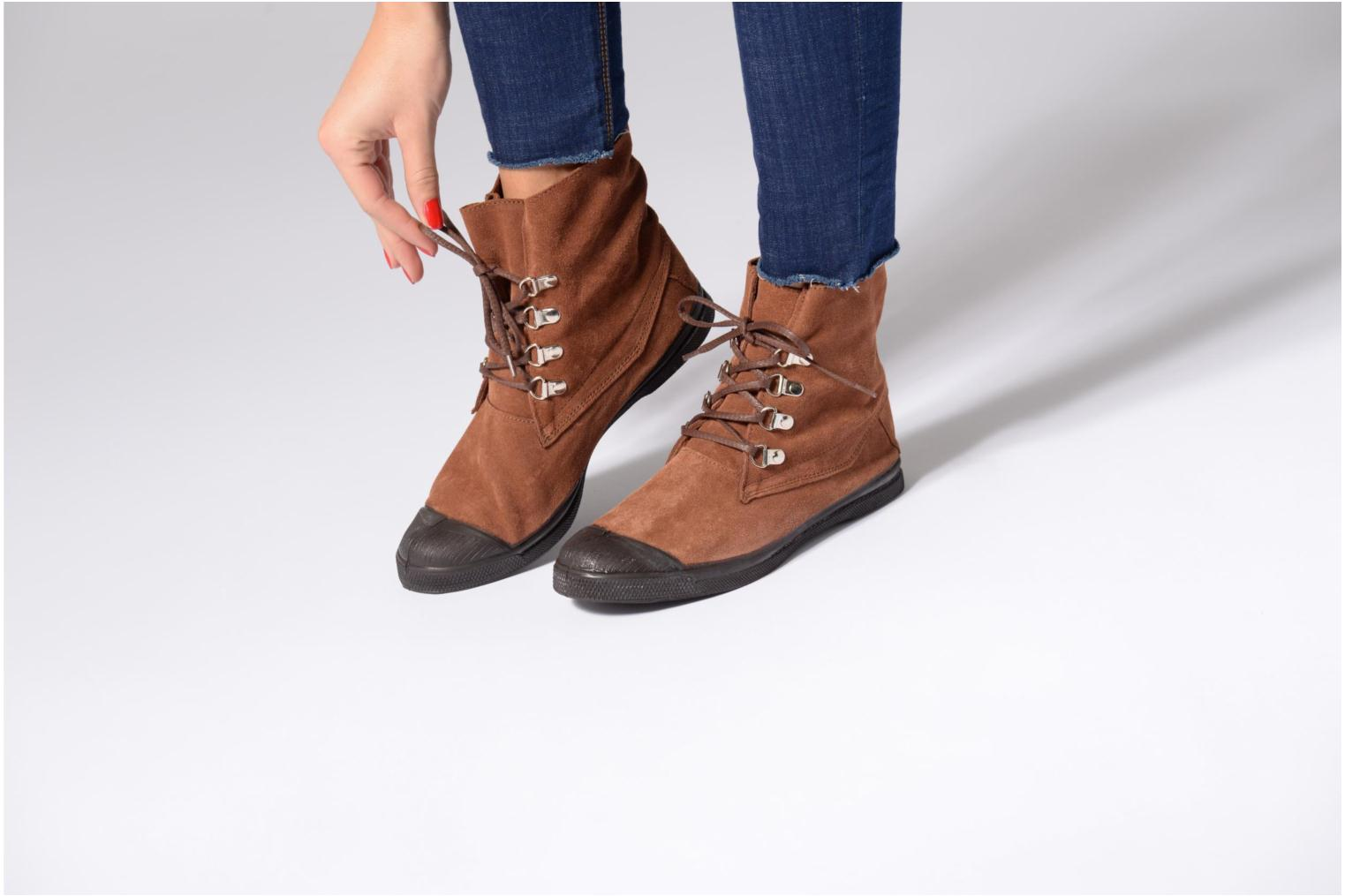 Trainers Bensimon Montana Suedboots Brown view from underneath / model view