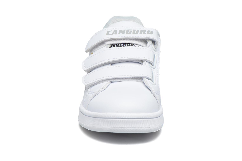 Baskets Canguro C57915 Blanc vue portées chaussures
