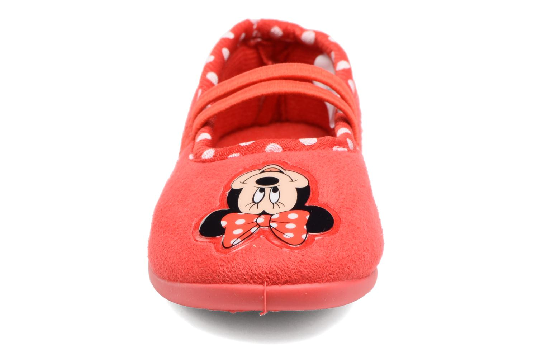 Chaussons Minnie Songe Rouge vue portées chaussures