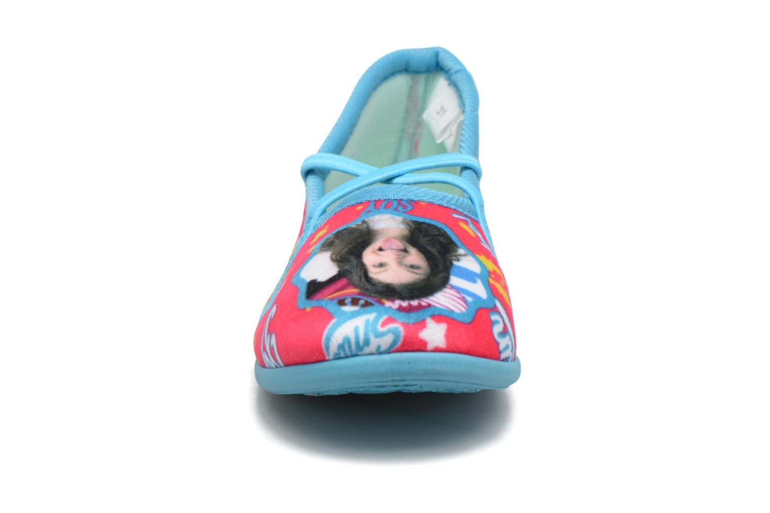 Slippers Soy Luna Sanadora Blue model view