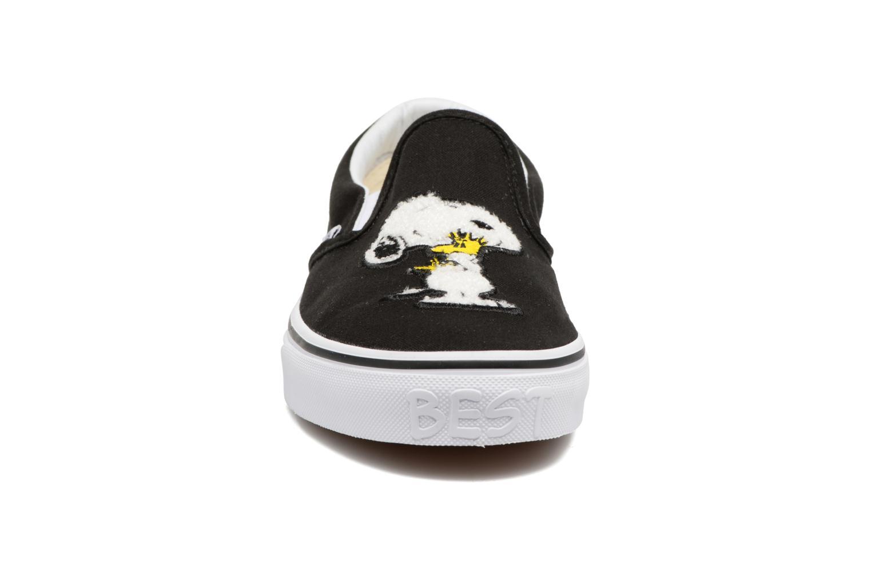 Baskets Vans Classic Slip-On W x Peanuts Noir vue portées chaussures