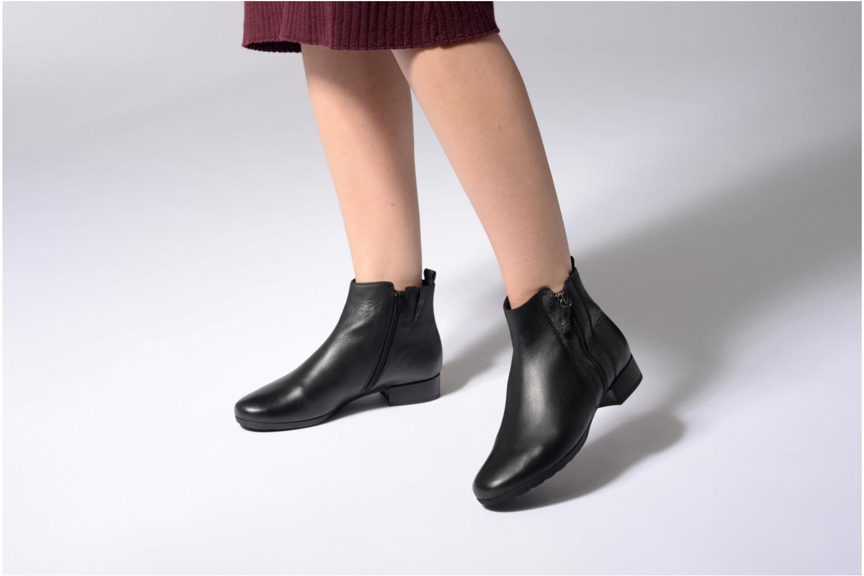 Bottines et boots Gabor Paola Noir vue bas / vue portée sac