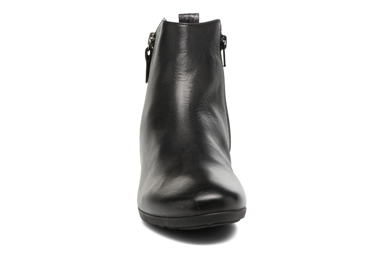Bottines et boots Gabor Paola Noir vue portées chaussures