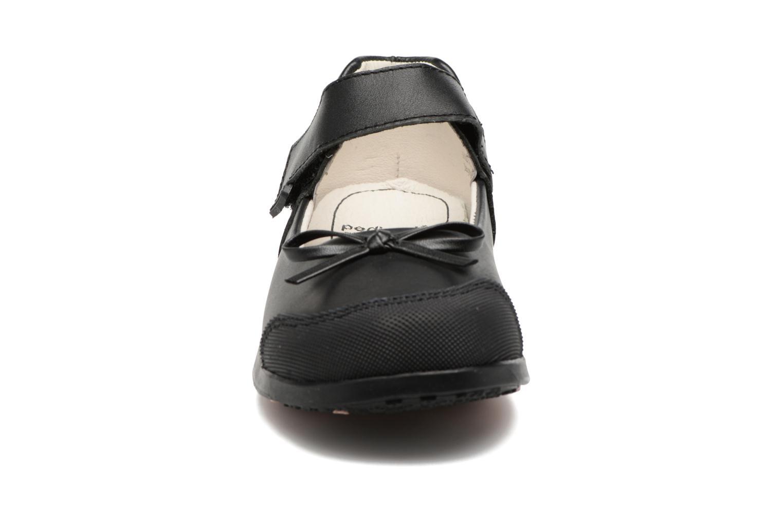 Ballerines Pediped Becky Noir vue portées chaussures