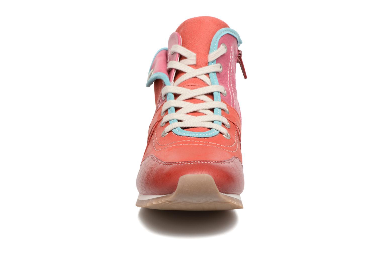 Baskets Pataugas IESTA/MC Rouge vue portées chaussures