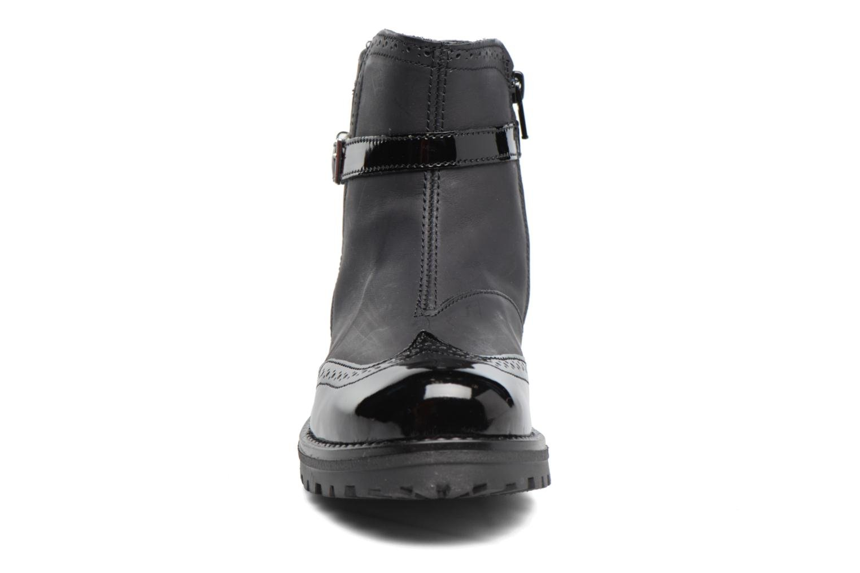 Stivali Melania TRONCHETTO FIBBIA Nero modello indossato