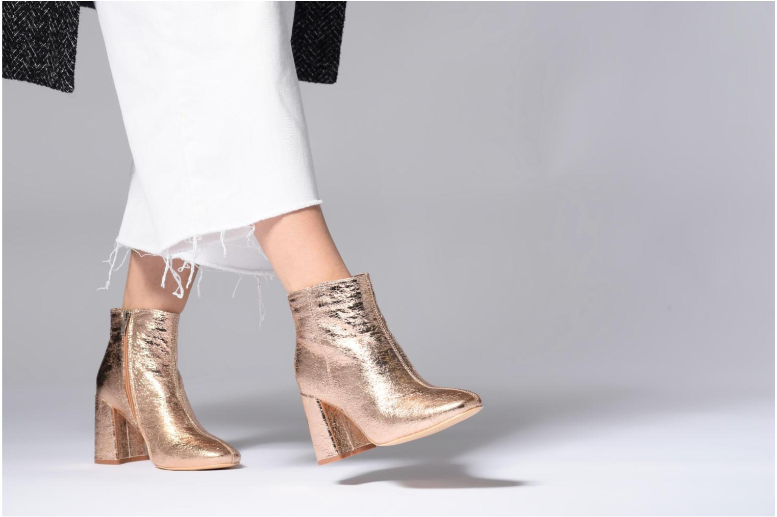 Ankle boots I Love Shoes CORINA Pink view from underneath / model view