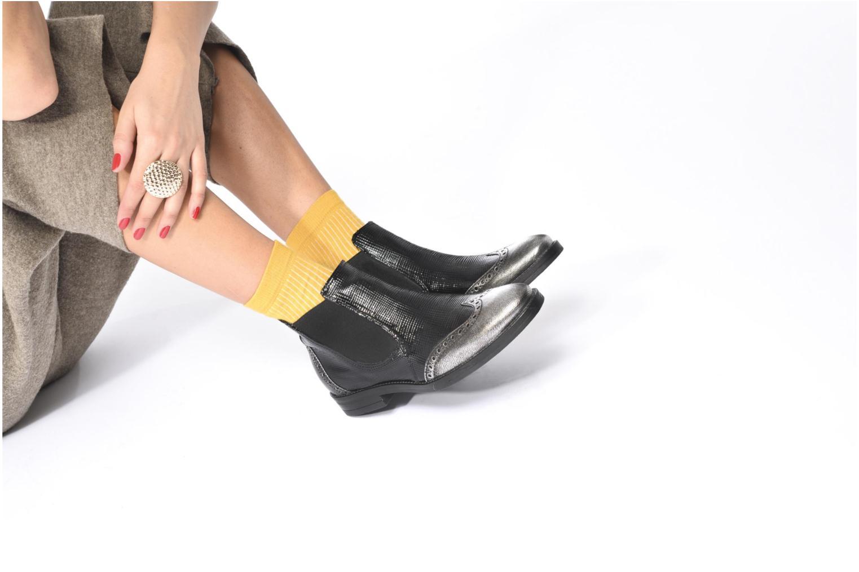 Bottines et boots Georgia Rose Nefreti Noir vue bas / vue portée sac
