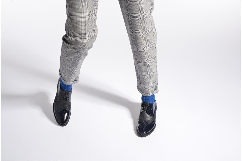 Chaussures à lacets Georgia Rose Nirvane Bleu vue bas / vue portée sac