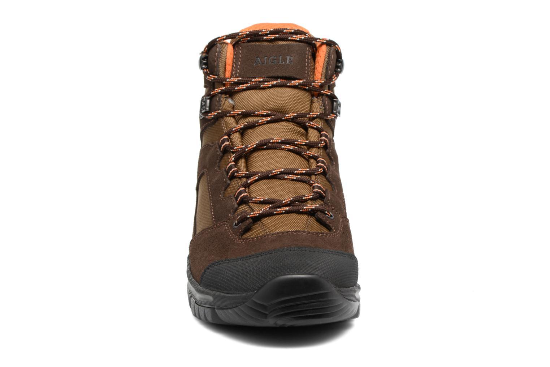 Chaussures de sport Aigle Arven Mid MTD Marron vue portées chaussures