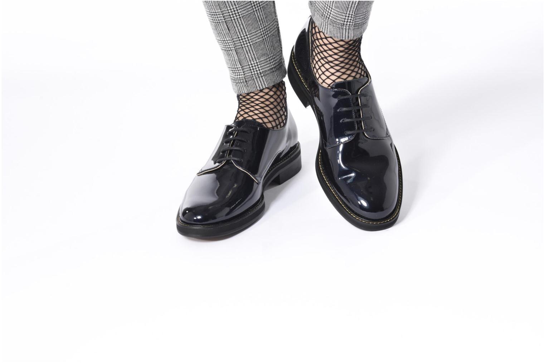 Chaussures à lacets MAURICE manufacture Jem Bleu vue bas / vue portée sac