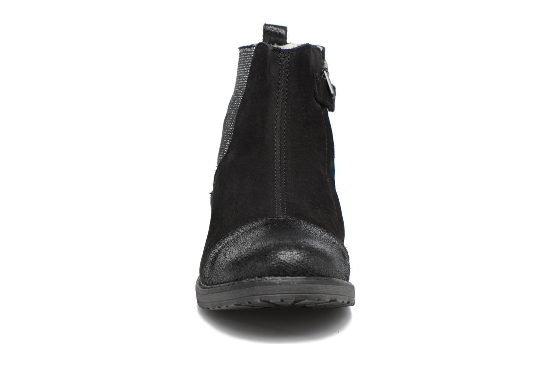 Boots Achile Leontina Svart bild av skorna på
