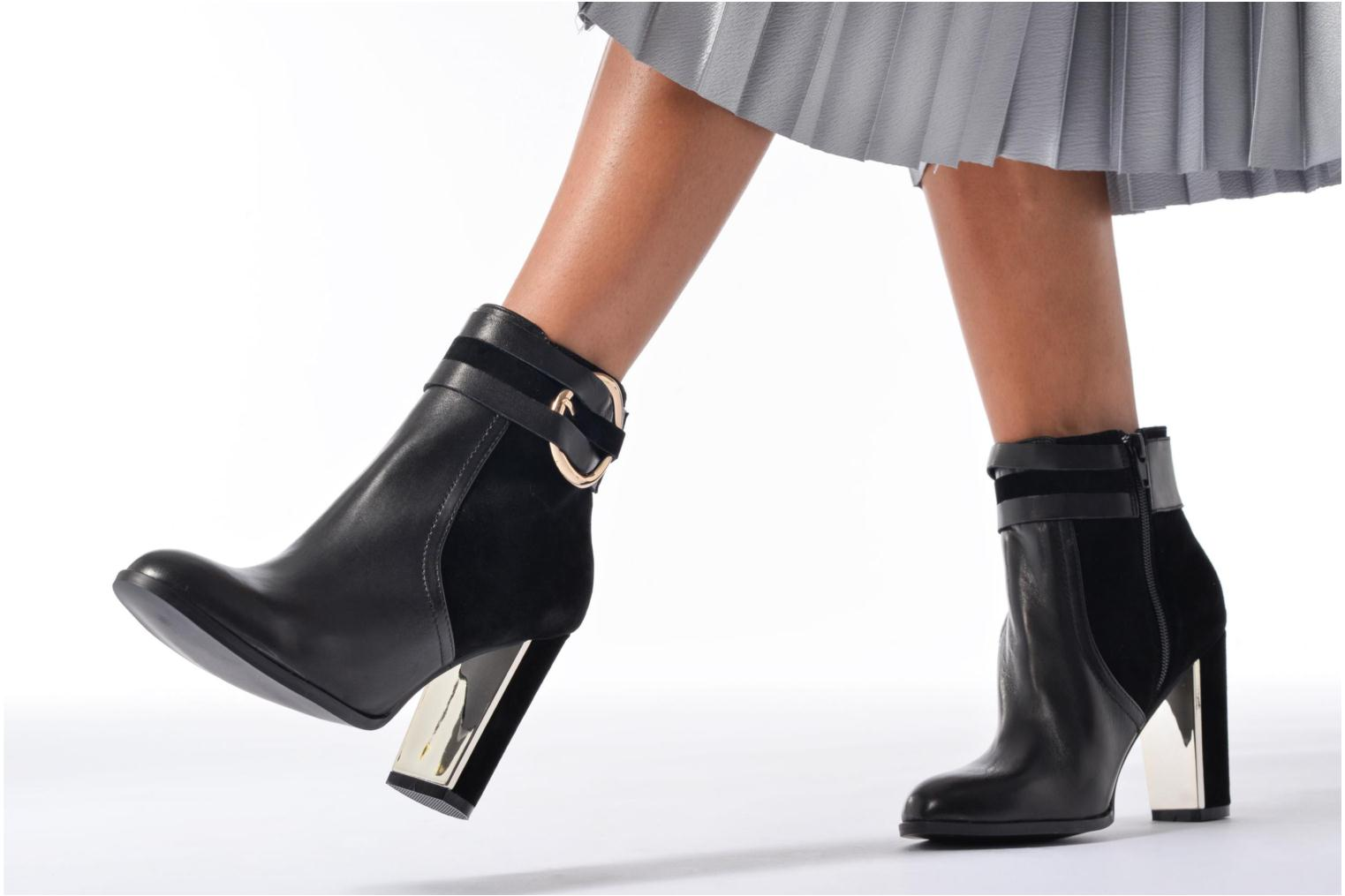 Ankle boots Jonak Segura Black view from underneath / model view