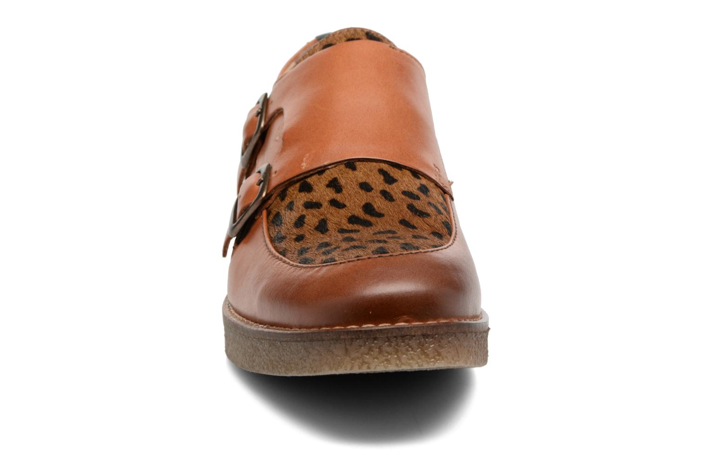 Mocassins Kickers ZENNY Marron vue portées chaussures