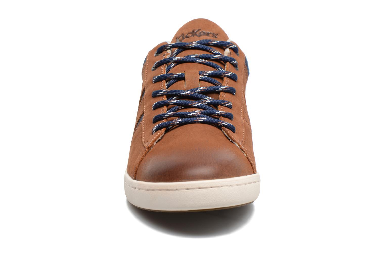 Baskets Kickers CHRISTO Marron vue portées chaussures