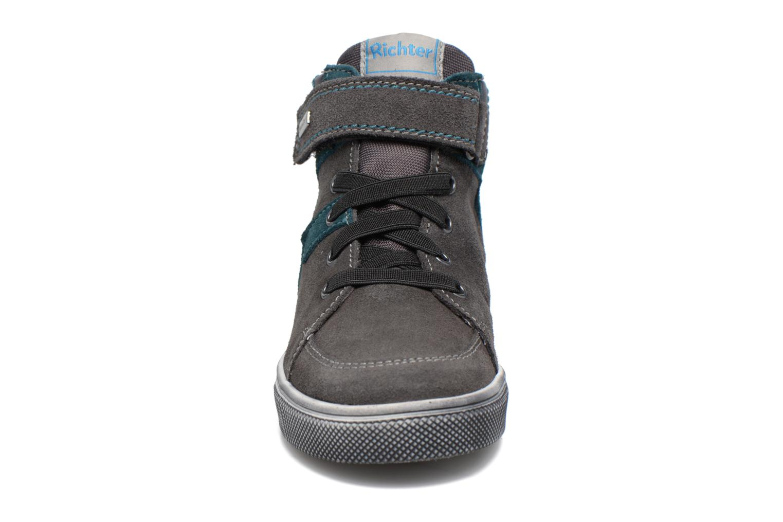 Baskets Richter Viktor Gris vue portées chaussures