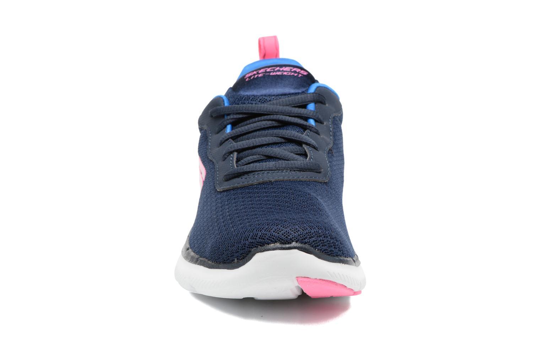 Chaussures de sport Skechers Flex Appeal 2.0 Newsmaker Bleu vue portées chaussures