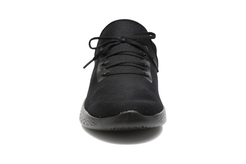 Scarpe sportive Skechers You Inspire Nero modello indossato