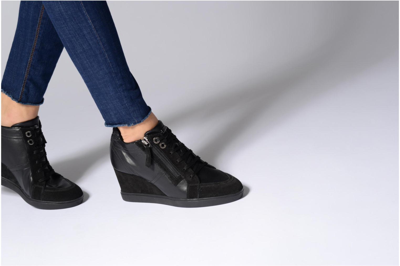 Sneakers Geox D Eleni C D7467C Bruin onder