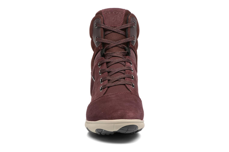 Baskets Geox D Nebula 4X4 B Abx A D746TA Bordeaux vue portées chaussures
