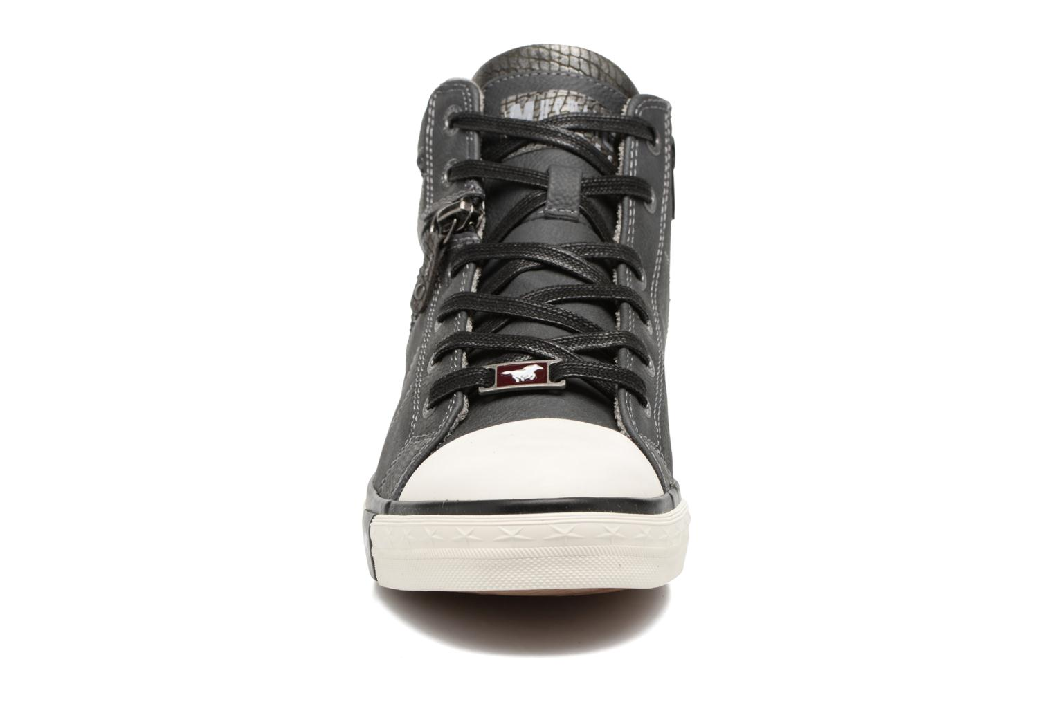 Baskets Mustang shoes Eper Gris vue portées chaussures