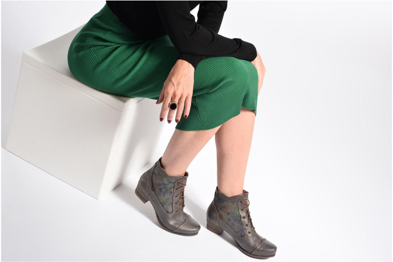 Bottines et boots Mustang shoes Ibine 2 Gris vue bas / vue portée sac